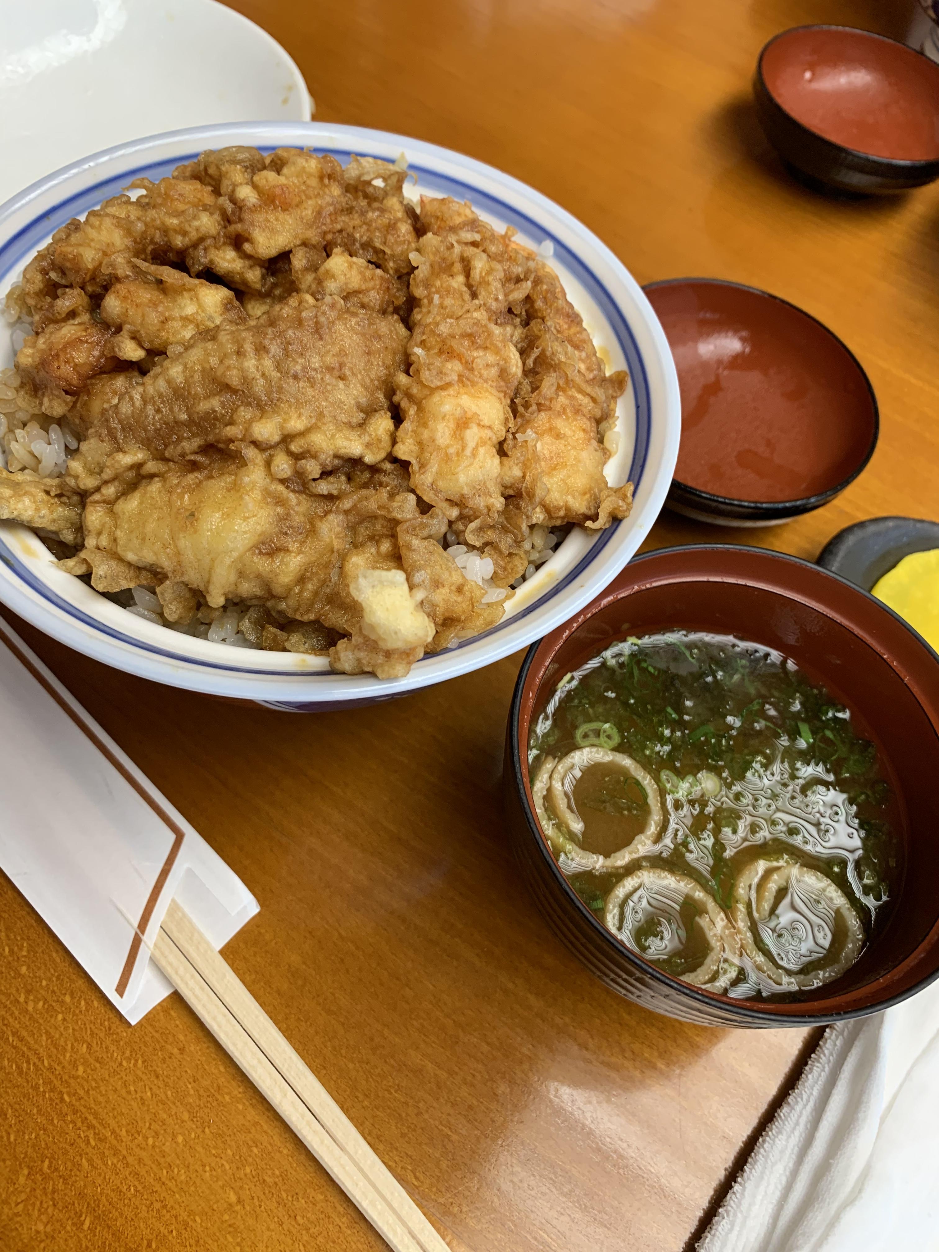 銀座 天ぷらの天國のランチ「お昼天丼 1,100円(税込)」